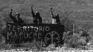 Mapuches incendian maquinarias del magnate inglés Joe Lewis