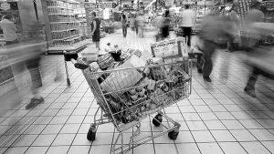 La dictadura de los supermercados, un manual para descolonizar los sentidos