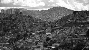 111 millones de personas en viviendas precarias