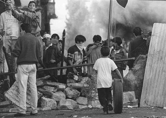 Archivo: Guerra del agua, Cochabamba, Bolivia (2000).