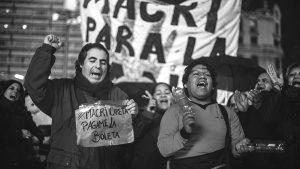 Un abril con olor a diciembre: represión y movilizaciones en todo el país