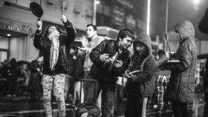 El desafío político actual: ocupar la calle y proyectar las urnas