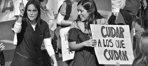 Nafta al fuego: a un sistema sanitario en crisis le suman más de 100 despidos