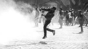 Sudáfrica: reprimen a manifestantes que piden educación gratuita