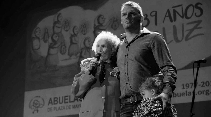 abuelas-bastones-plaza-de-mayo-memoria-lita-pisoni