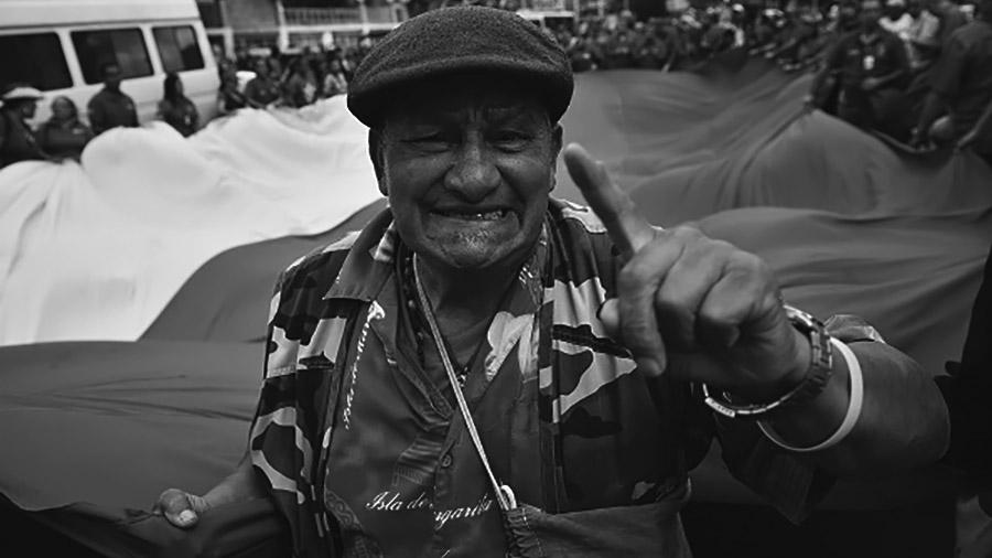 Maduro y el pueblo venezolano resisten los intentos golpistas
