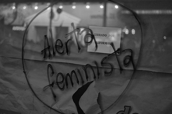 paro-nacional-de-mujeres-cordoba-patriarcado-capitalismo-femicidios-2
