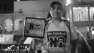 Masiva marcha en contra del basural en Villa Parque Santa Ana