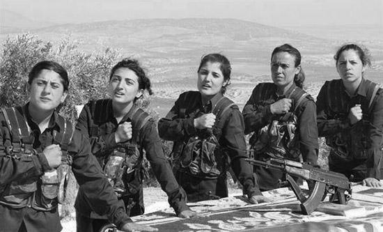 melike-kurda-guerra-kurdistan-resistencia