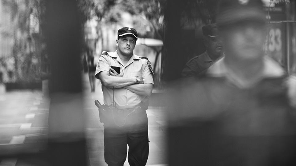 Aprobaron ley de infiltración policial indiscriminada