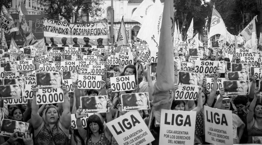 Jornada de lucha y resistencia en Plaza de Mayo