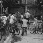 Topamiento bicicletista: el carnaval de la Suipacha