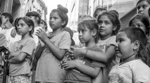 Demagogia pro: niños y niñas presas