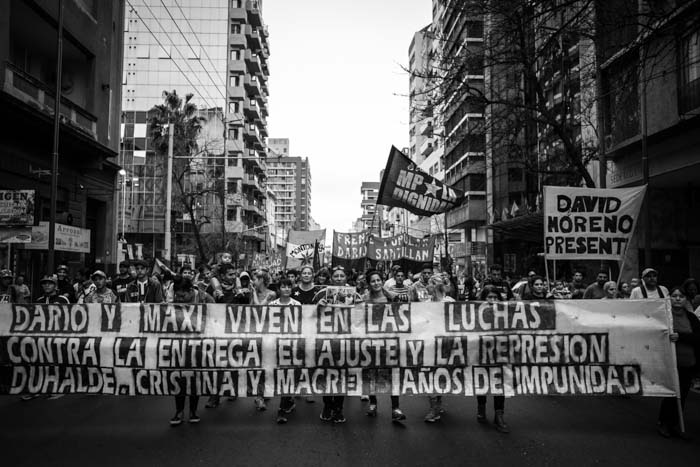 https://s3-sa-east-1.amazonaws.com/latinta.com.ar/wp-content/uploads/2017/07/18202512/Dario-Maxi-movimientos-sociales-02