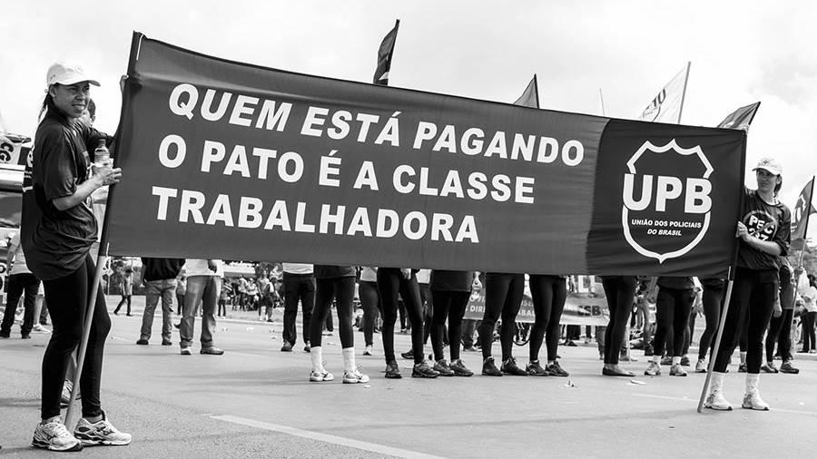 brasil-trabajadores-crisis