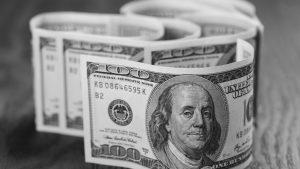 ¿Por qué sube el dólar?