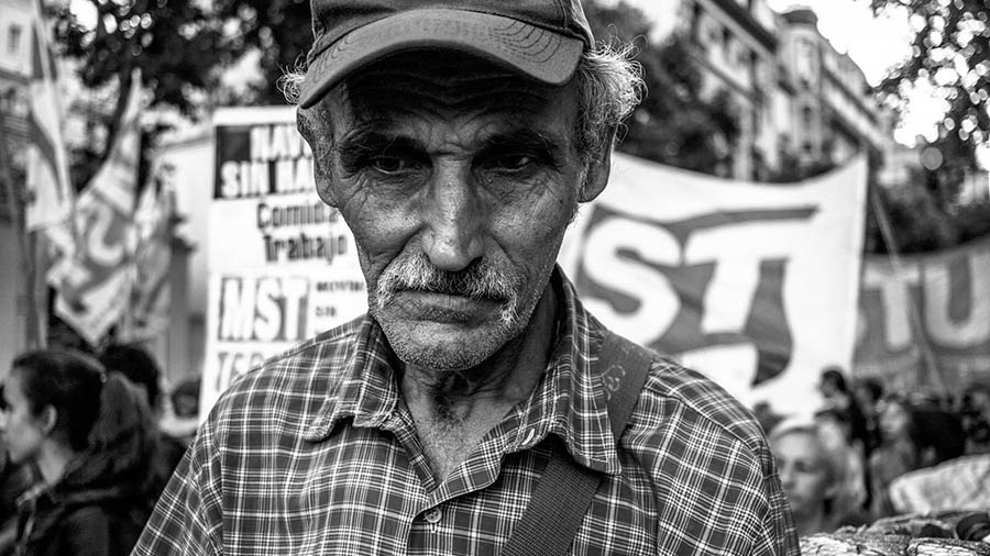 economia-ajuste-neoliberalismo-0