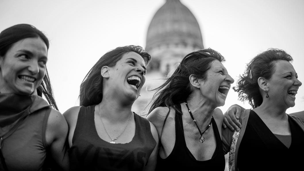 Mujeres-Emergentes-Feminismos-01