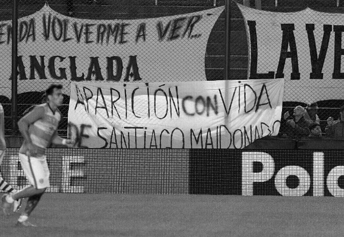 santiago-maldonado-aparicion-futbol-reclamo-latinta