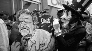 "John Pilger: ""Si Venezuela cae, la humanidad cae"""