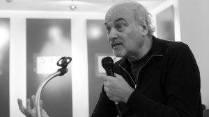 """Raúl Zibechi: """"Están a la vista los límites de la acción electoral"""""""