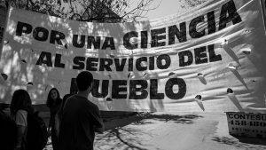 ¿Por qué hay que invertir en ciencias (también) sociales?