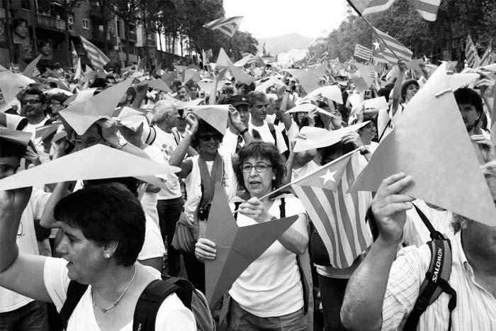 Diada-Catalunya-referendum-autonomia-01