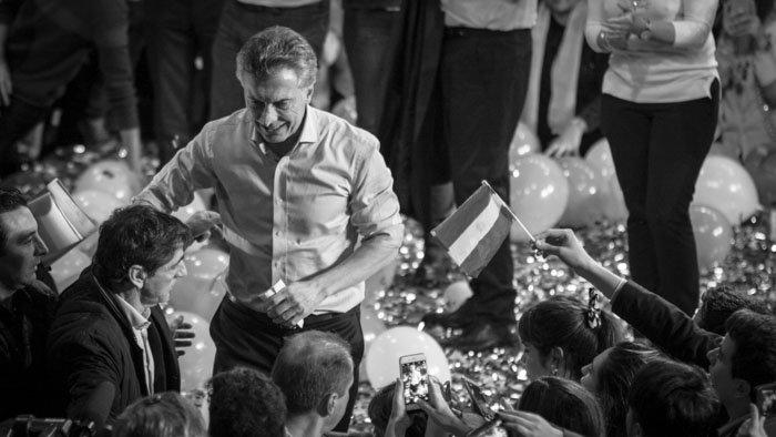 Mauricio-Macri-Cordoba-Colectivo-Manifiesto