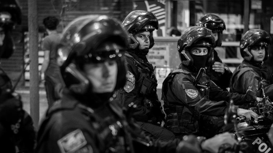 Un-mes-sin-Santiago-Colectivo-Manifiesto-Policia-protesta-social-03