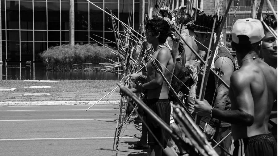 Brasil: Ministro de justicia desconoce tierras indígenas y las considera un parque, propiedad del Estado | La tinta