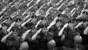 Marchas en todo el país en contra de la refuncionalización de las Fuerzas Armadas