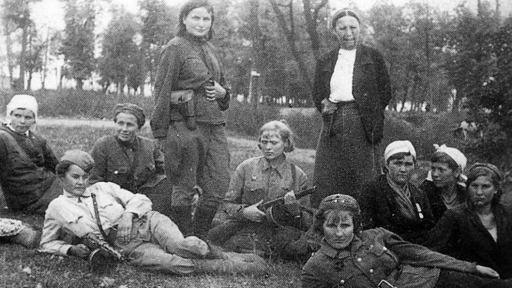 Revolucion-Rusa-mujeres-01