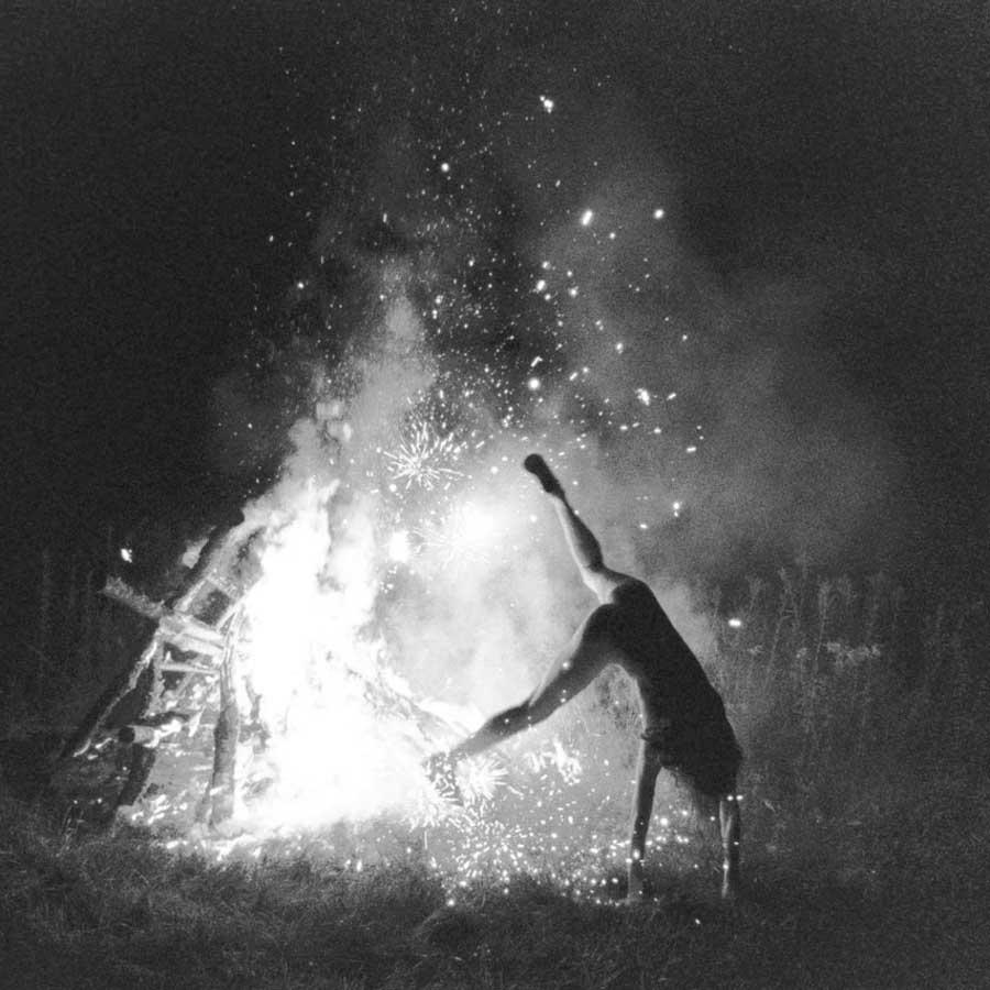 Ryan-McGinley-Pizarnik-fuego
