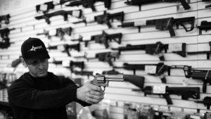 EE UU: suben las acciones de las compañías de armas tras la masacre en Las Vegas
