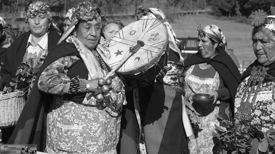 mujeres-mapuches-04