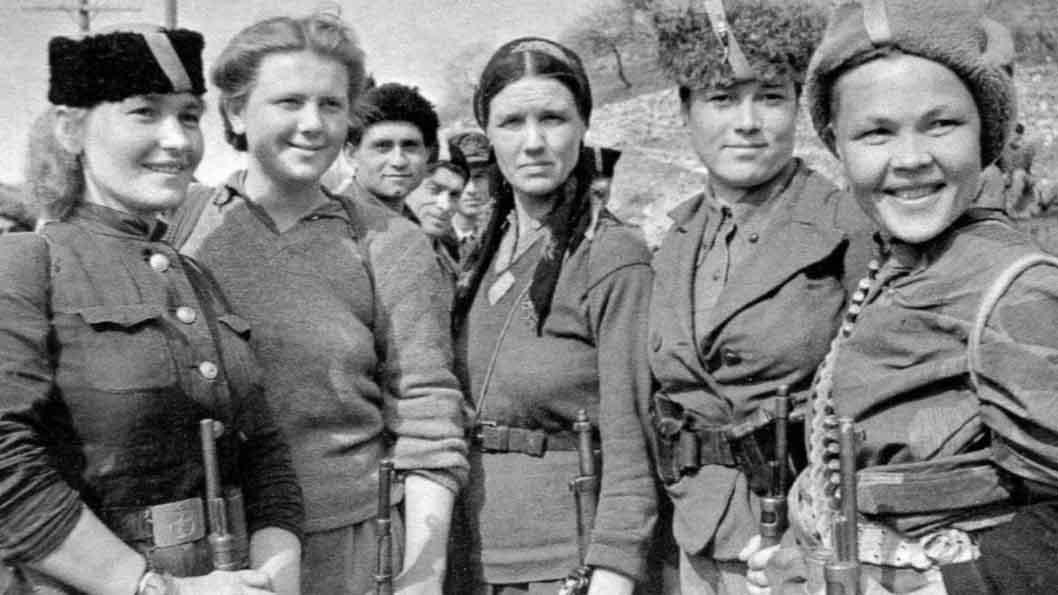 Revolucion-rusa-mujeres-feminismo-01