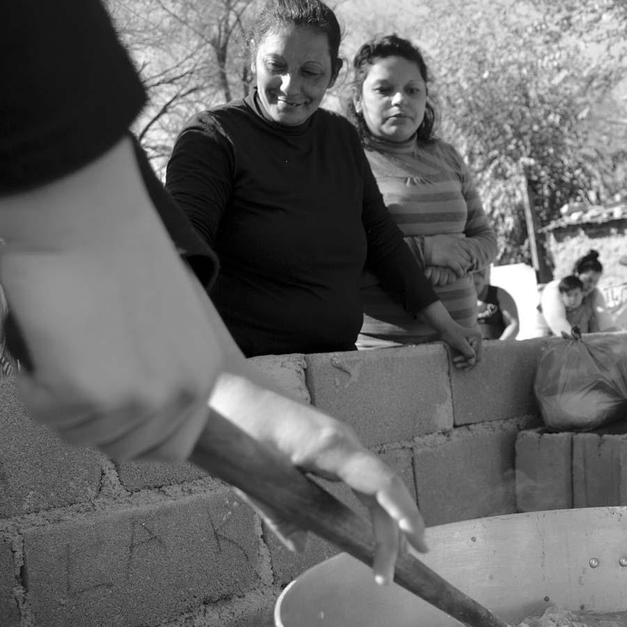 olla-mujeres-cocina-comida-ctep-colectivo-manifiesto