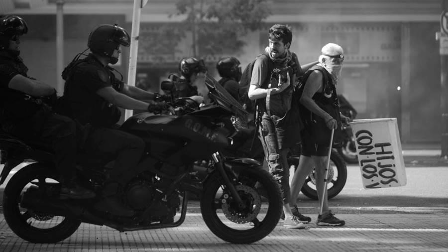 argra-represion-fotografos-periodistas