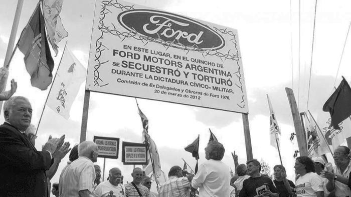 Ford-dictadura
