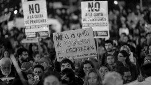 """El gobierno dará de baja pensiones por discapacidad a quienes sean """"incompatibles"""""""