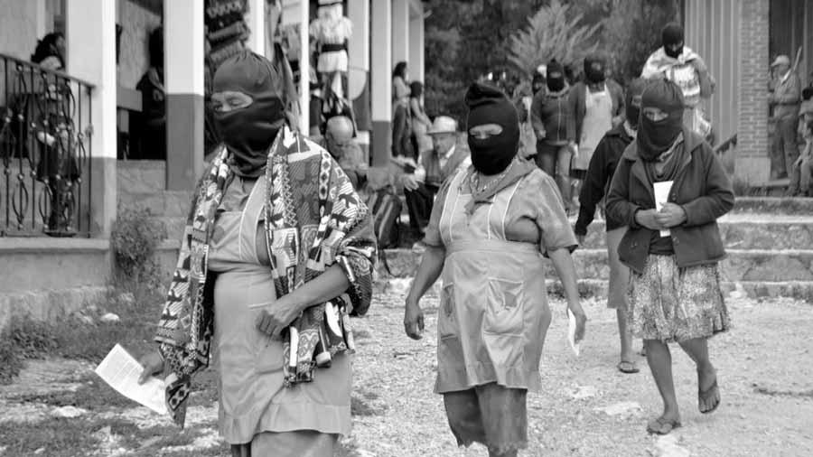 mujeres-zapatista-EZLN