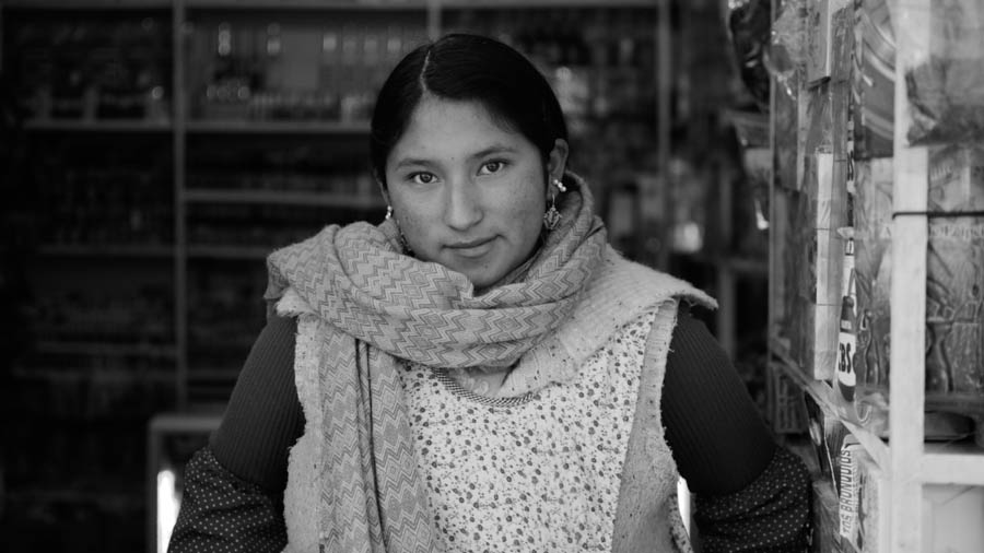 Mujer-chiflera-bruja-bolivia-La-Paz-01