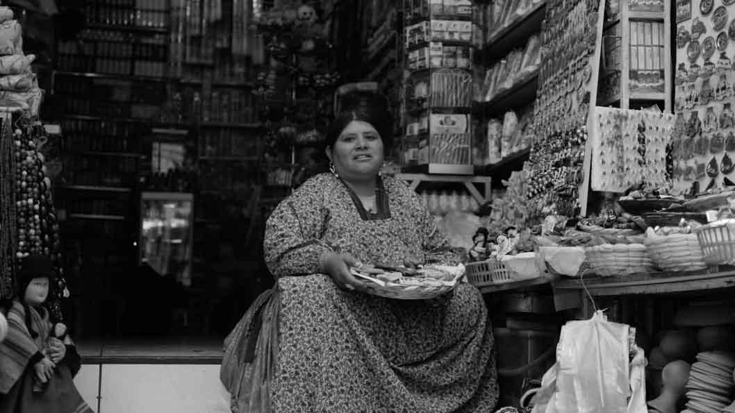 Mujer-chiflera-bruja-bolivia-La-Paz-02