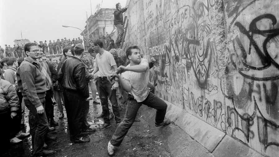 Muro-Berlin-capitalismo-03