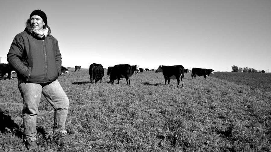 coronel-moldes-ganaderia-agrocologia-luciana-semillas-campo