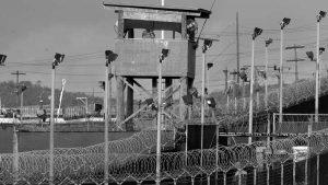 Guantánamo, lejos de cerrarse