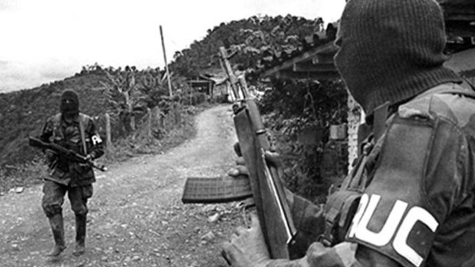 paramilitares-auc-colombia
