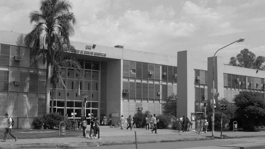 Facultad-Ciencias-Economicas-UNC-universidad-02