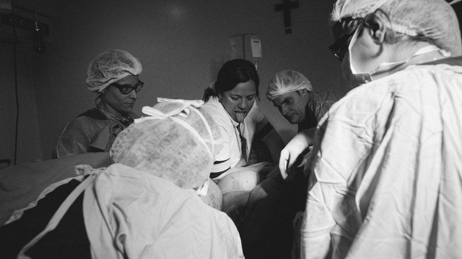 Parto-violencia-obstetricia-Natalia-Roca-01