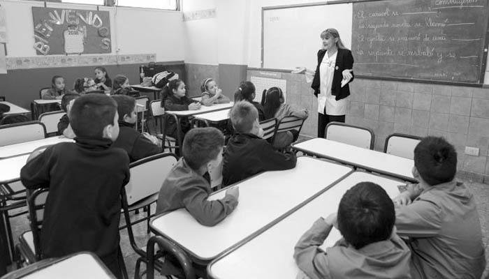 docentes-aula-educacion-filosofia-dario-Sztajnszrajber-